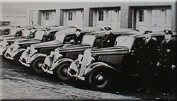 Photos of Cops and Cars circa 1933
